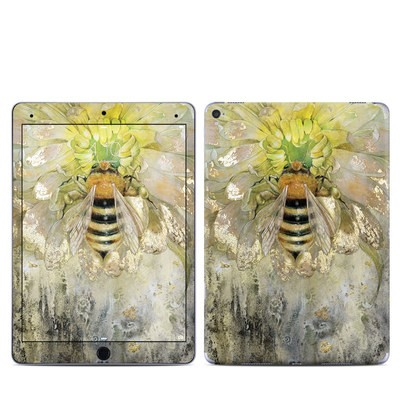 Apple iPad Pro 9.7 Skin - Honey Bee