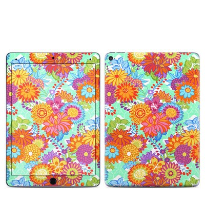 Apple iPad Pro 9.7 Skin - Jubilee Blooms