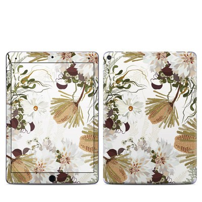 Apple iPad Pro 9.7 Skin - Juliette Charm