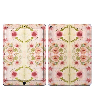 Apple iPad Pro 9.7 Skin - Kali Floral