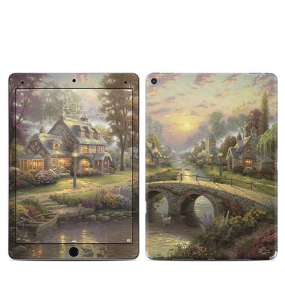 Apple iPad Pro 9.7 Skin - Sunset On Lamplight Lane