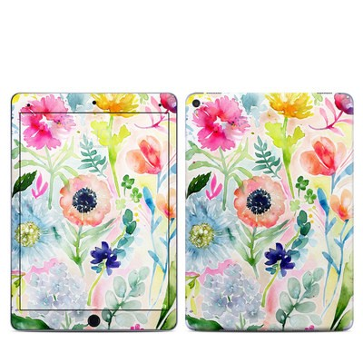 Apple iPad Pro 9.7 Skin - Loose Flowers