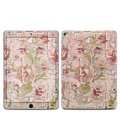 Apple iPad Pro 9.7 Skin - Love Floral