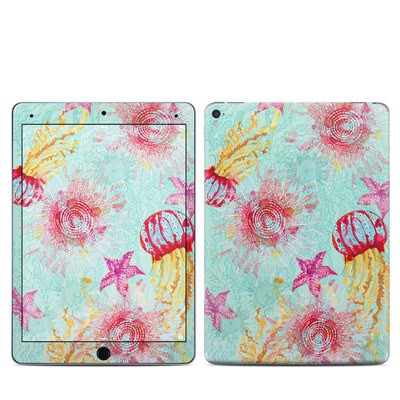 Apple iPad Pro 9.7 Skin - Meduzas