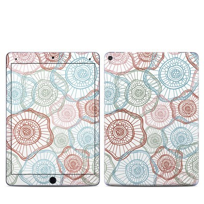 Apple iPad Pro 9.7 Skin - Micro Flowers