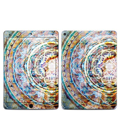 Apple iPad Pro 9.7 Skin - Mystical Medallion