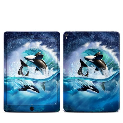 Apple iPad Pro 9.7 Skin - Orca Wave