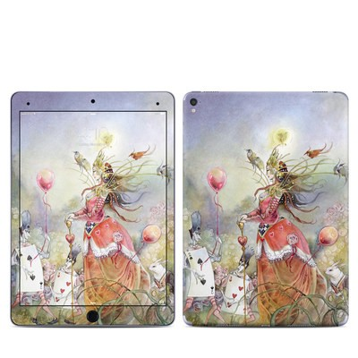Apple iPad Pro 9.7 Skin - Queen of Hearts