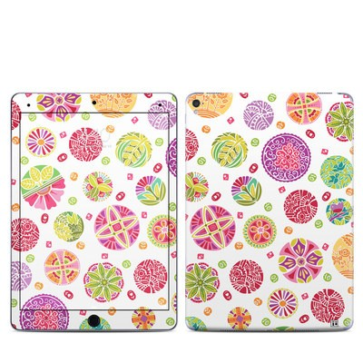Apple iPad Pro 9.7 Skin - Round Flowers