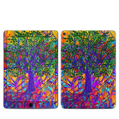 Apple iPad Pro 9.7 Skin - Stained Glass Tree