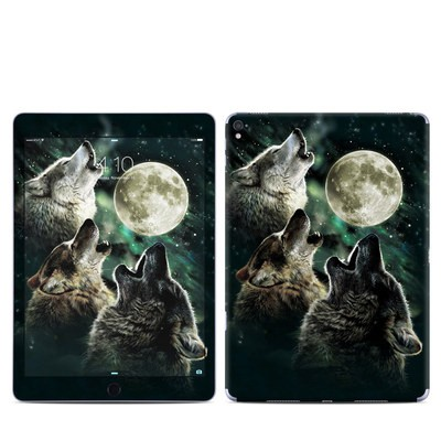Apple iPad Pro 9.7 Skin - Three Wolf Moon