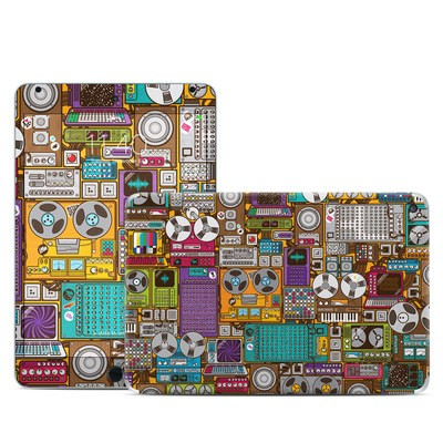 Apple iPad Mini 4 Skin - In My Pocket