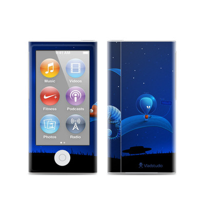 Apple iPod Nano (7G) Skin - Alien and Chameleon