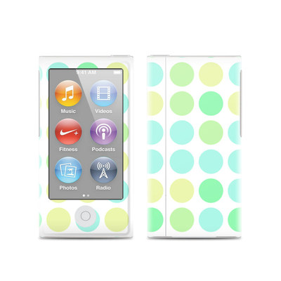 Apple iPod Nano (7G) Skin - Big Dots Mint
