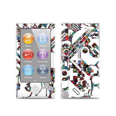 Apple iPod Nano (7G) Skin - Dots