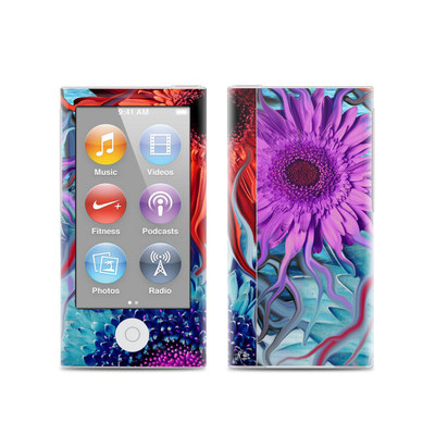 Apple iPod Nano (7G) Skin - Deep Water Daisy Dance