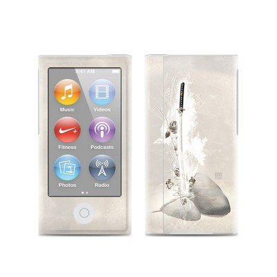 Apple iPod Nano (7G) Skin - Katana Gold