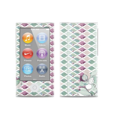 Apple iPod Nano (7G) Skin - Nouveau Chic