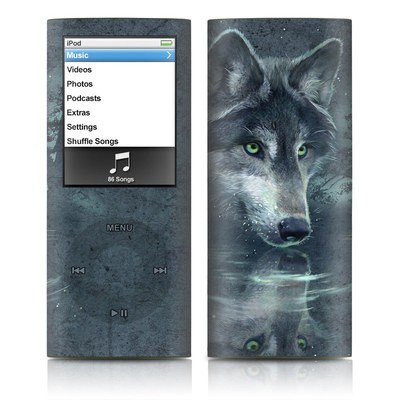 iPod nano (4G) Skin - Wolf Reflection