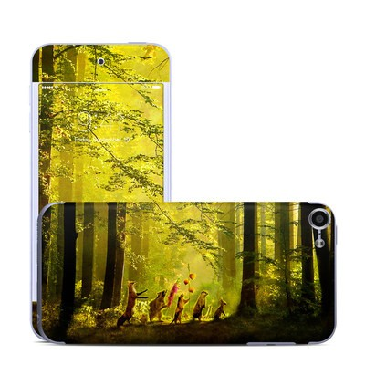 Apple iPod Touch 6G Skin - Secret Parade