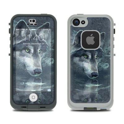 Lifeproof iPhone 5S Fre Case Skin - Wolf Reflection