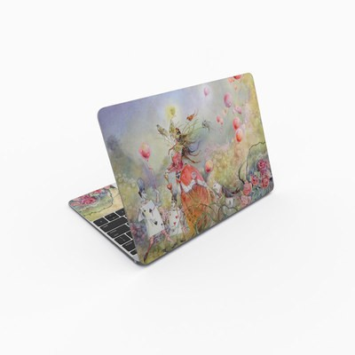 MacBook 12in Skin - Queen of Hearts