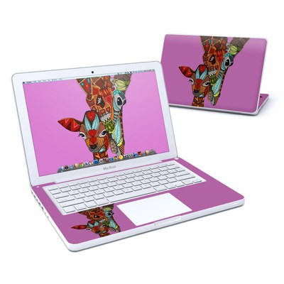 MacBook 13in Skin - Giraffe Love