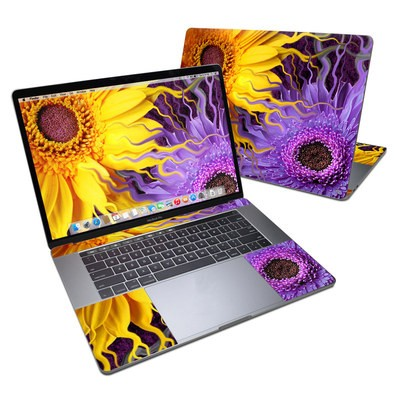 MacBook Pro 15in (2016) Skin - Daisy Yin Daisy Yang
