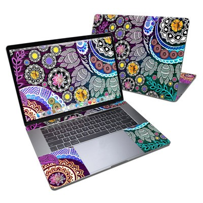 MacBook Pro 15in (2016) Skin - Mehndi Garden