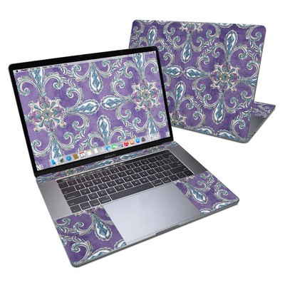 MacBook Pro 15in (2016) Skin - Royal Crown
