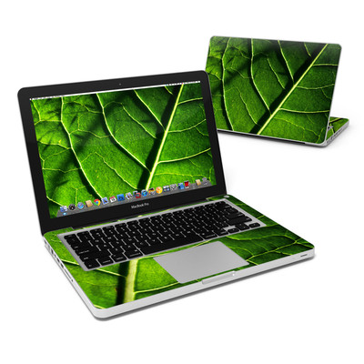 MacBook Pro 13in Skin - Green Leaf