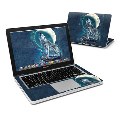 MacBook Pro 13in Skin - Howling Moon Soloist