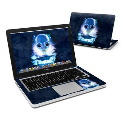 MacBook Pro 13in Skin - UFO