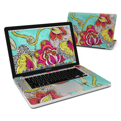 MacBook Pro 15in Skin - Beatriz