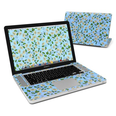 MacBook Pro 15in Skin - Blue Daisy