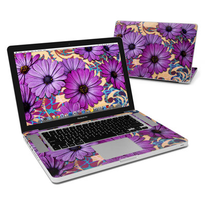 MacBook Pro 15in Skin - Daisy Damask