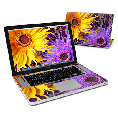 MacBook Pro 15in Skin - Daisy Yin Daisy Yang