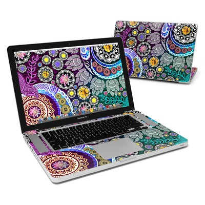 MacBook Pro 15in Skin - Mehndi Garden