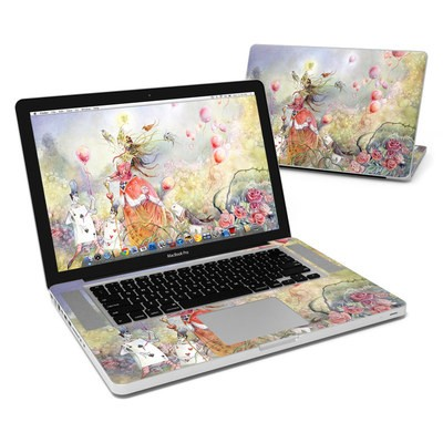 MacBook Pro 15in Skin - Queen of Hearts