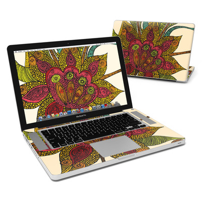 MacBook Pro 15in Skin - Spring Flower
