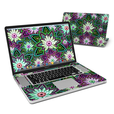 MacBook Pro 17in Skin - Daisy Trippin