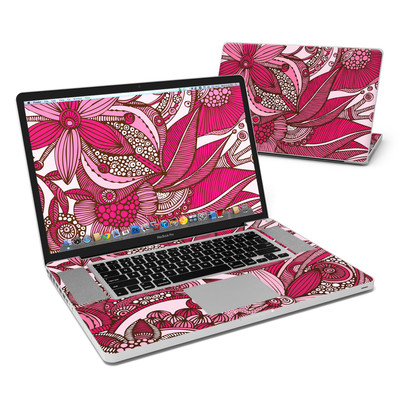 MacBook Pro 17in Skin - Eva