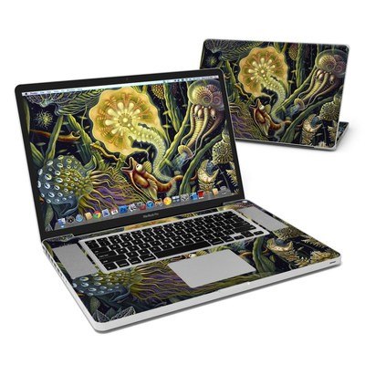 MacBook Pro 17in Skin - Light Creatures