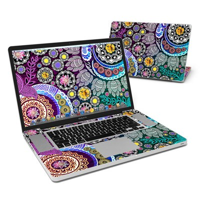 MacBook Pro 17in Skin - Mehndi Garden