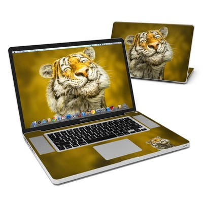 MacBook Pro 17in Skin - Smiling Tiger