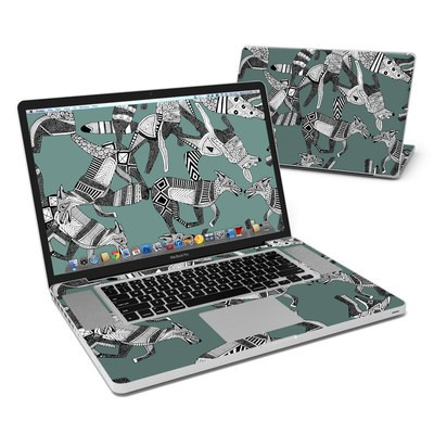 MacBook Pro 17in Skin - Woodland Fox