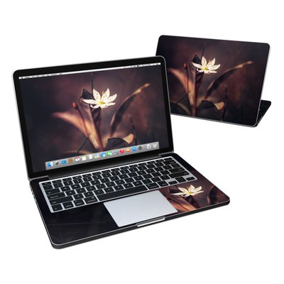 MacBook Pro Retina 13in Skin - Delicate Bloom