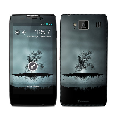 Motorola Droid Razr Maxx HD Skin - Flying Tree Black