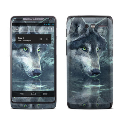 Motorola Razr M Skin - Wolf Reflection