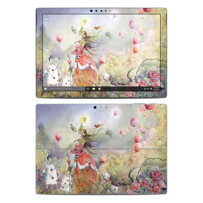 Microsoft Surface Pro 4 Skin - Queen of Hearts